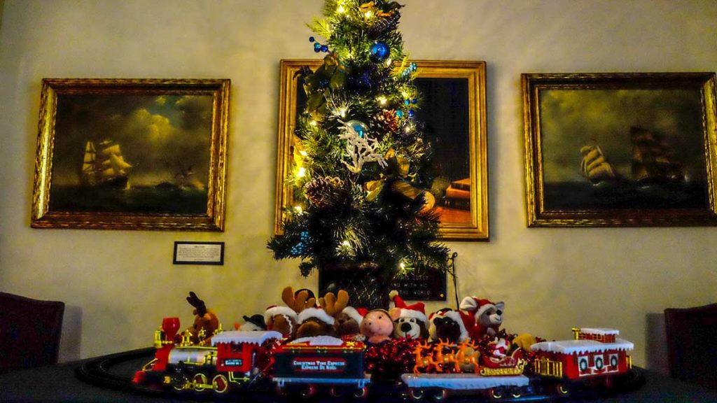 queens county museum forest of christmas trees 201602